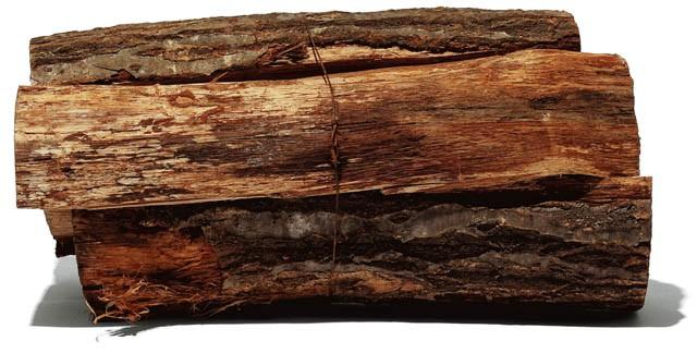 暖炉用のナラ薪