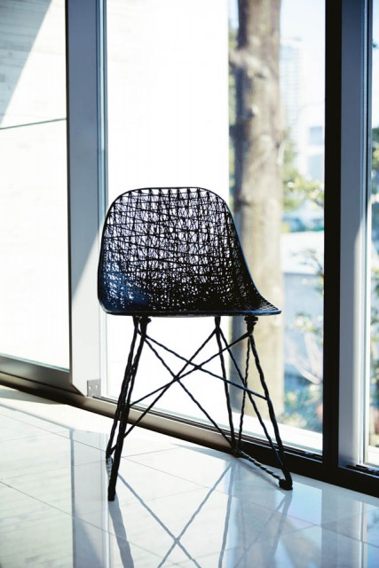 BRAND Moooi ITEM Carbon Chair
