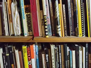 ボクの本棚に新しく仲間入りした 本を紹介します クリエイターの 「My本棚」と 自分史に残る1冊-野村訓市-