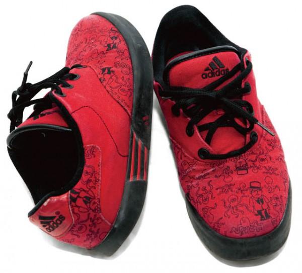 adidas×Mark Gonzales スニーカー