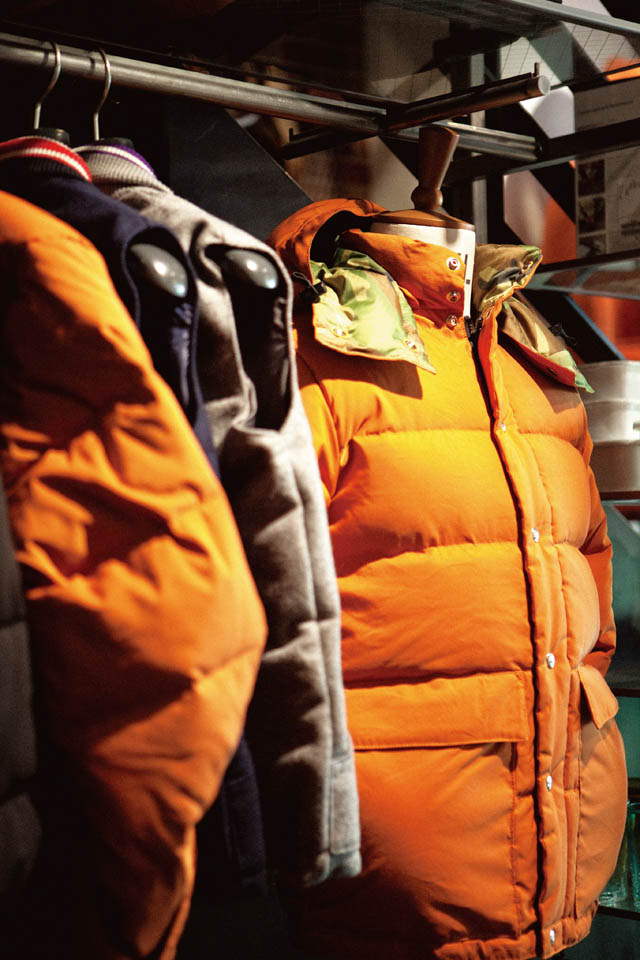 CRESCENT DOWN WORKS for WISM down jacket¥81,900