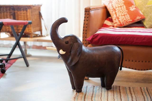 ITEM オットマン BRAND Omersa MODEL Elephant