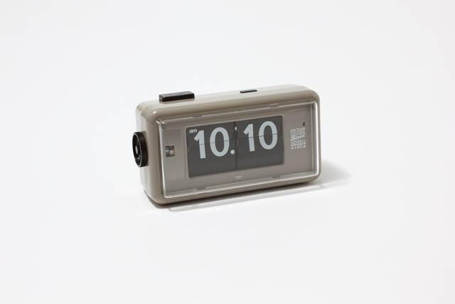 STUSSY Livin'  GENERAL STOREの TWEMCO社別注時計