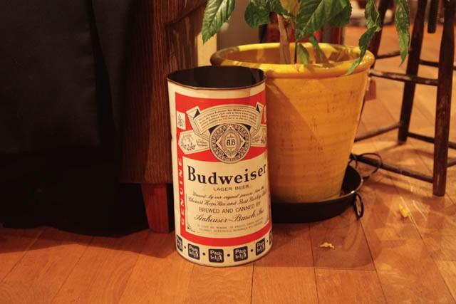 Budweiserのゴミ箱