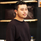 青野隆一氏