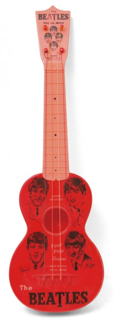ITEM The Beatles  Junior Guitar