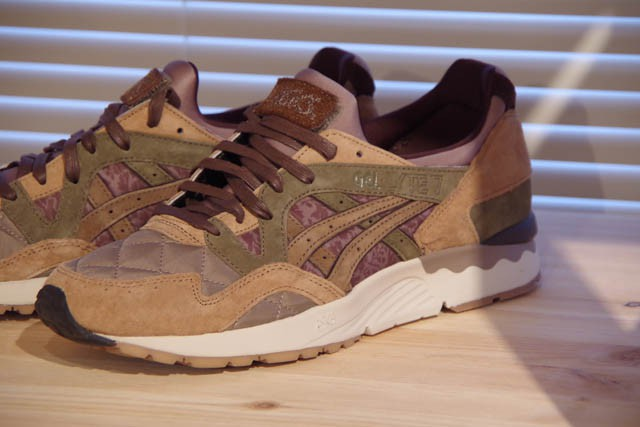 ASICS TIGER × KICKS LAB. × SABOTAGEのゲルライトⅤ