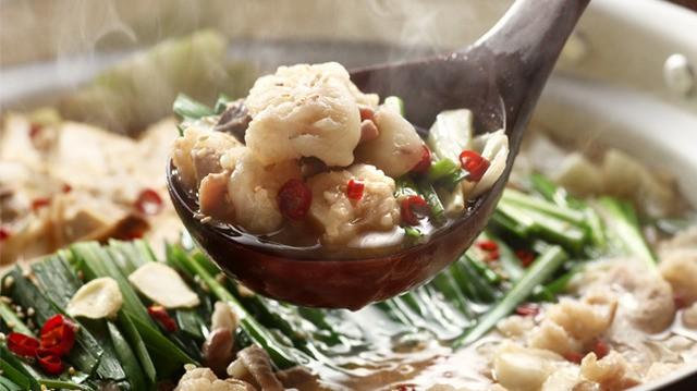 博多もつ鍋おすすめもつ鍋・水炊き 博多若杉のもつ鍋