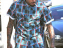 海外セレブの半袖チェックシャツファッション クリス・ブラウン