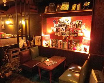京都グルメおすすめの喫茶マドラグ 店内