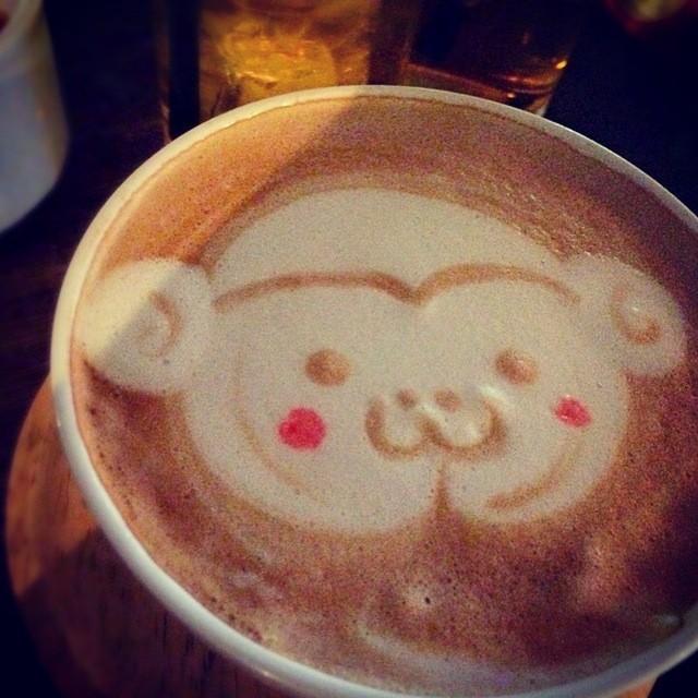 恵比寿のカフェ 夜 アナログ人気メニュー