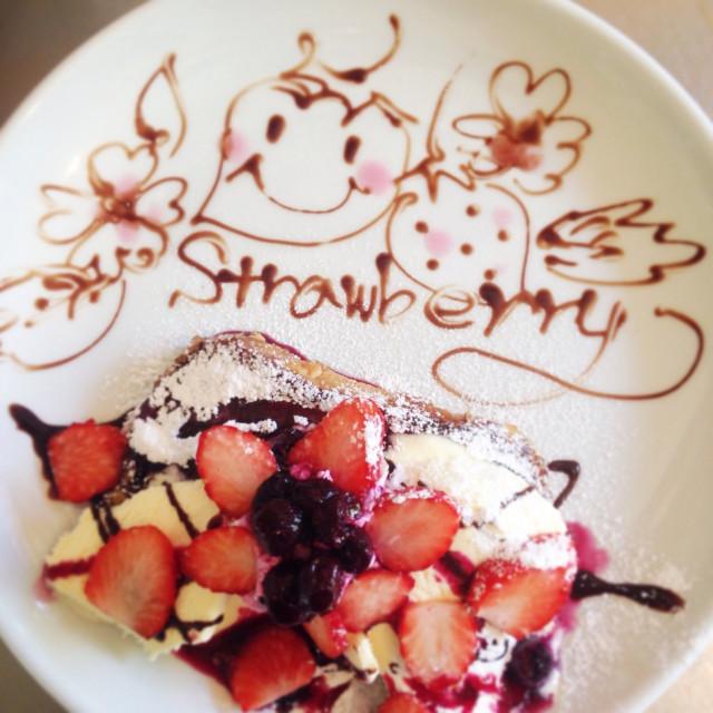 湘南のお洒落な人気カフェ Cafe Pipipi 季節のフレンチトースト