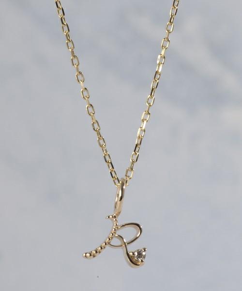 彼女へのプレゼントにおすすめのネックレス agete K10イニシャルネックレス