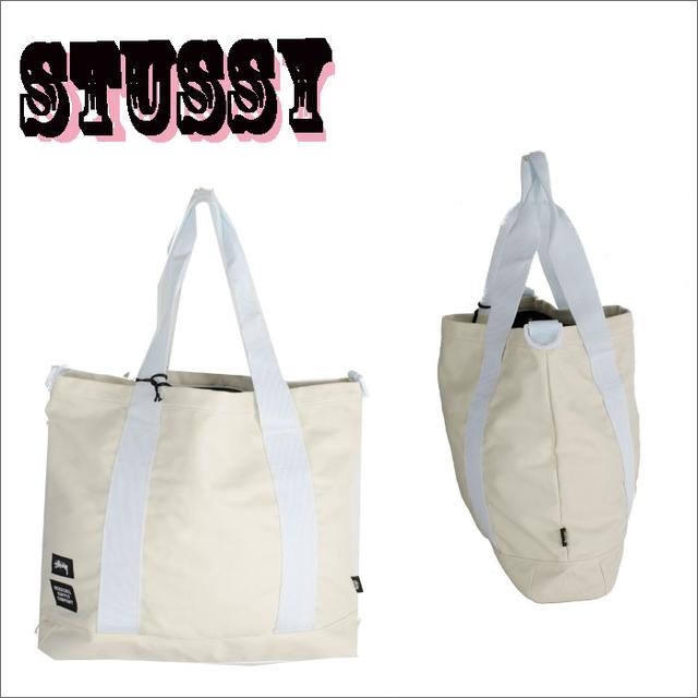 トートバッグのストリート系メンズファッション おすすめブランド:STUSSY(ステューシー) × Herschel Supply(ハーシェルサプライ)