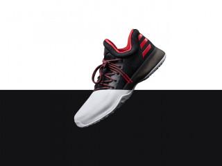 adidas×ジェームス・ハーデンのコラボ:Harden Vol. 1 PIONEER