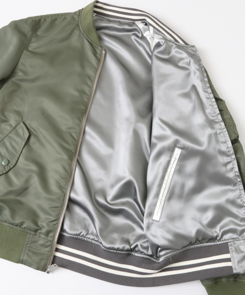 ALPHA INDUSTRIES×URBAN RESEARCH iDのコラボレーションMA 1