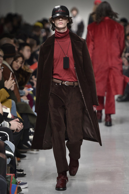 JOHN LAWRENCE SULLIVAN AW17 LFWM Catwalk Imagery Look 13