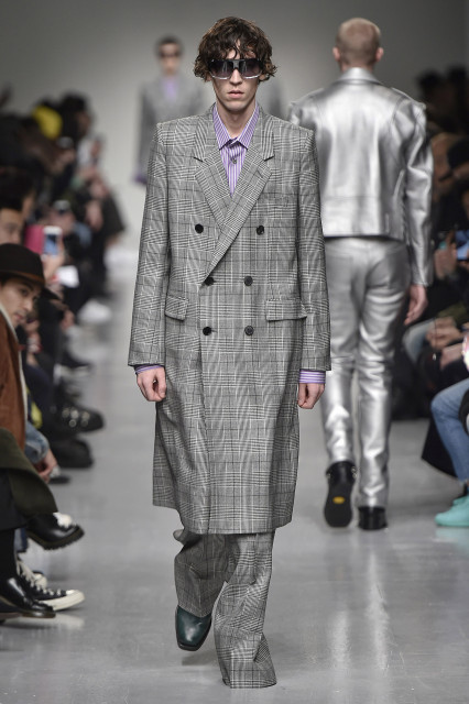 JOHN LAWRENCE SULLIVAN AW17 LFWM Catwalk Imagery Look 21