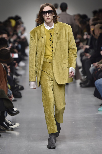 JOHN LAWRENCE SULLIVAN AW17 LFWM Catwalk Imagery Look 24